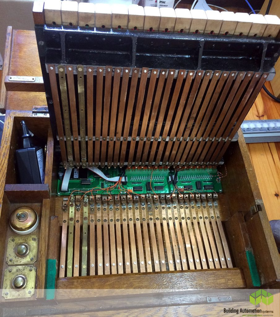 Electronics in Campanile Carillon Keyboard